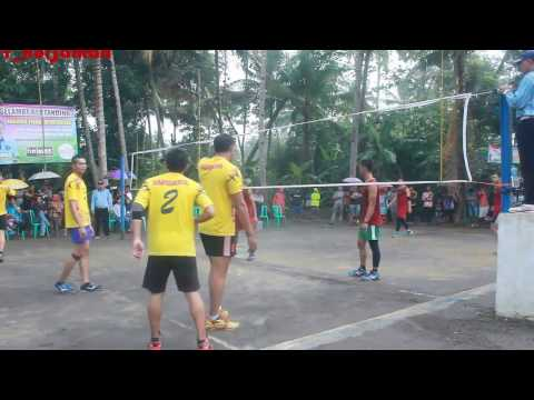 "Volley Ball Perang Bintang!!! ""Tuan Rumah KRC A Vs Rsu Kota Banjar   Di guyur Hujan … видео"