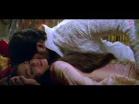 Video Aishwarya Rai Hot Scene download in MP3, 3GP, MP4, WEBM, AVI, FLV January 2017