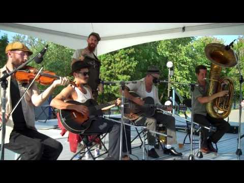 The Drunken Catfish Ramblers - I Can Beat You Plenty -  National Jug Band Jubilee