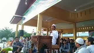 Video Lucu - Menarik - Tanya Jawab - MENGAJAK SHOLAT UNTUK TEMAN DEKAT  Ust Abdul Somad Lc MA MP3, 3GP, MP4, WEBM, AVI, FLV Oktober 2018