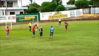 O Campeonato Municipal de Crissiumal decidiu neste domingo (29) os últimos finalistas de cada categoria, em jogos realizados no Estádio Rubro-Negro, ...