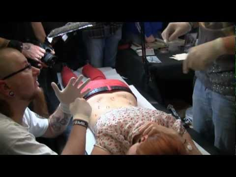Corset Piercing na Body Art Convention Warsaw 2011