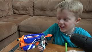 Video Nerf Vs Wild Lizard! Crazy Lizard Toy Runs Wild and the Boys take Action with Nerf Blasters! MP3, 3GP, MP4, WEBM, AVI, FLV Juni 2019
