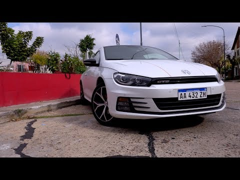 VW Scirocco GTS - Equipamiento