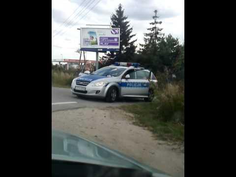 Policjanci i 2 tirówki