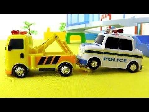 Kinderfilm - Spielzeugautos - Einsatz für die Rettungsfahrzeuge