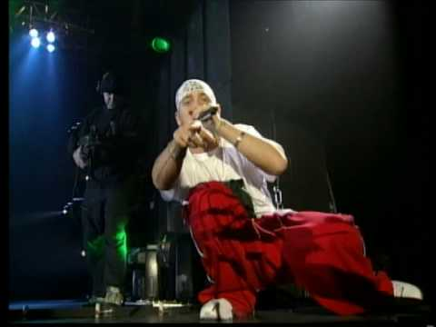 Eminem Ft. Dr. Dre - Forgot About Dre (Live Santa Monica, California 2001)