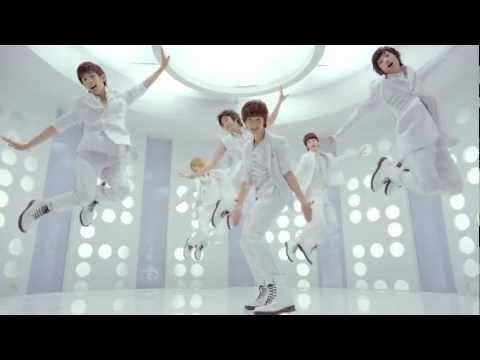 boyfriend - BOYFRIEND 'Boyfriend' M/V BOYFRIEND MEMBERS (MINWOO) , (YOUNGMIN) , (KWANGMIN) (DONGHYUN) , (HYUNSEONG), (JEONGMIN) M.V CASTING : (SISTAR BORA)...