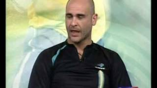"""Após o atual líder do Brasileirão 2009 """"Palmeiras"""" perder o jogo para o Esporte Clube Vitória em Salvador por 3 x 2 o Goleiro..."""