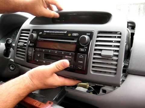 how to remove radio on 2003 toyota camry autoevolution. Black Bedroom Furniture Sets. Home Design Ideas