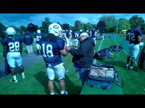 Walter McKone, Osteopath – London Blitz American Football sideline sports medicine treatment