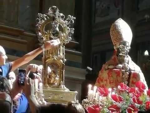 """duomo di napoli, """"miracolo di san gennaro"""""""