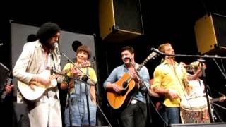 Mumford and Sons, Edward Sharpe and the Magnetic Zeros, Old Crow Medicine Show @ South By Southwest