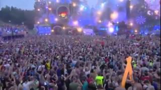 David Guetta hace cosas muy raras hace cosas muy raras en Tomorrowland 2014 (set completo)