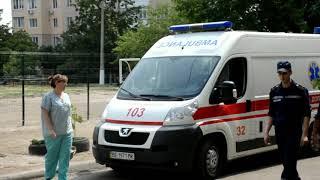 Сьогодні у Миколаєві рятувальникам довелося визволяти бабусю