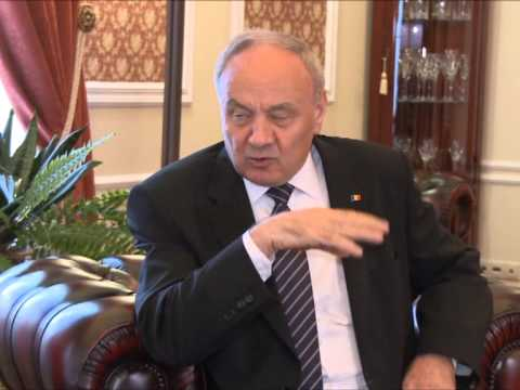 President Nicolae Timofti had a meeting with the Romanian President, Traian Basescu