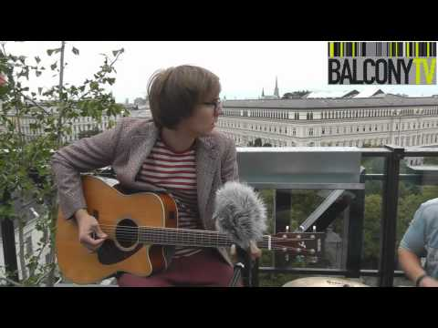 mounara - The Mounara performs live for BalconyTV Vienna Subscribe to us right now at http://bit.ly/15yj4oc 'Like' us on Facebook - http://Facebook.com/balconytv Follo...