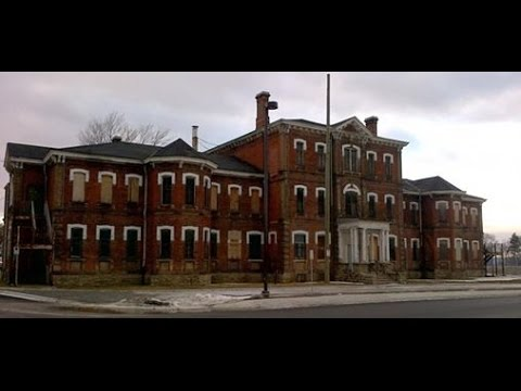 Exploring  Century Manor Insane Asylum!!! Part 2!! (Joe Weller Inspired)