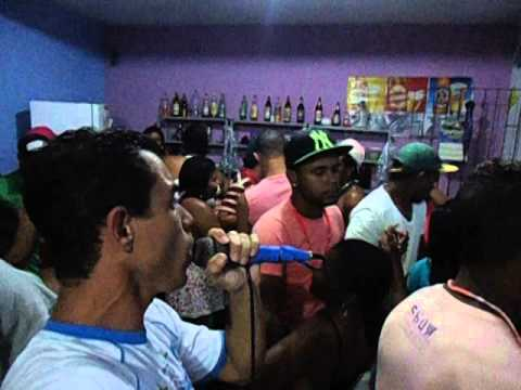 luiz carlos e seus teclados fogo e paixao ao vivo show em itapebi bahia no bar da tita