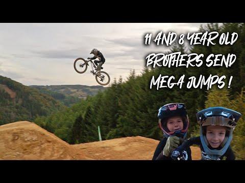 11 and 8 year old shred huge jumps at Bikepark Ferme Libert!