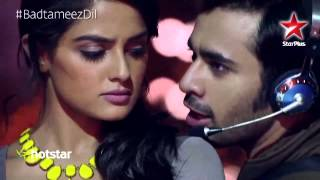Video Badtameez Dil: Watch Abeer perform to Naram Naram in his style download in MP3, 3GP, MP4, WEBM, AVI, FLV January 2017