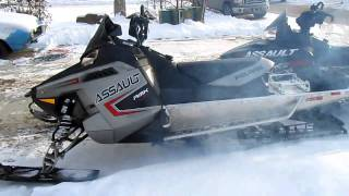 6. 2011 Polaris Assault RMK 800 155