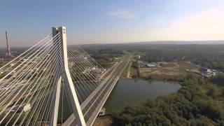 Film do artykułu: Dronem nad mostem...