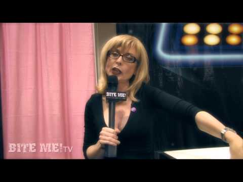 Field Trippin' – Nina Hartley's Sex Tips for Young Guys (from eXXXotica LA 2010)