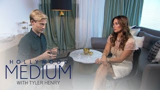 Video Kyle Richards Has Emotional Reading With Tyler Henry | Hollywood Medium with Tyler Henry | E! MP3, 3GP, MP4, WEBM, AVI, FLV Maret 2018