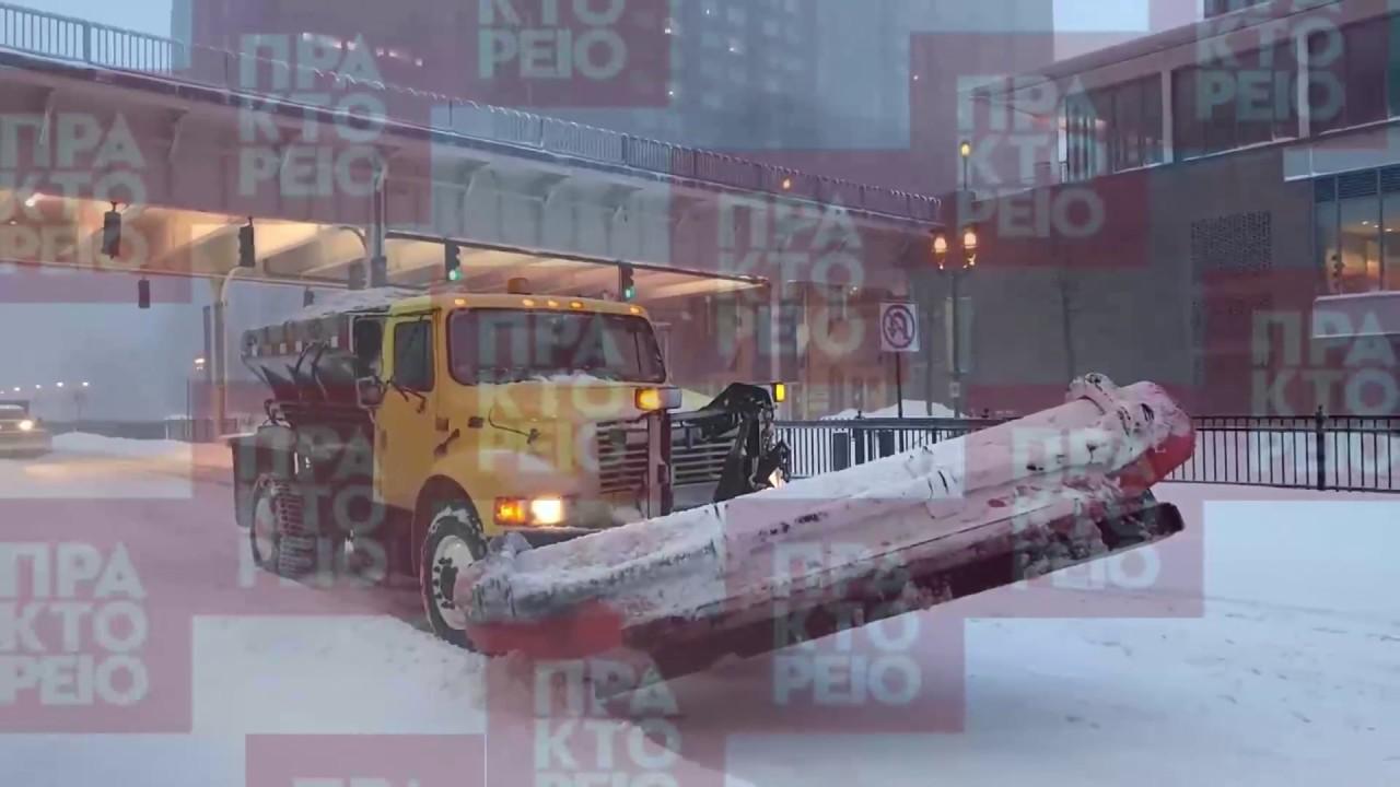 Σφοδρή χιονοθύελλα σαρώνει τις ανατολικές ΗΠΑ προκαλώντας προβλήματα στις μετακινήσεις