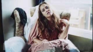 Fiona Apple - I Walk A Little Faster