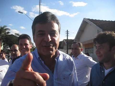 Governador Beto Richa em Floraí - www.blogdojozzu.blogspot.com