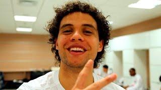 Confira os bastidores da vitória de 2 a 1 do Peixe sobre o Corinthians! Com o resultado, o Alvinegro da Vila Belmiro está...