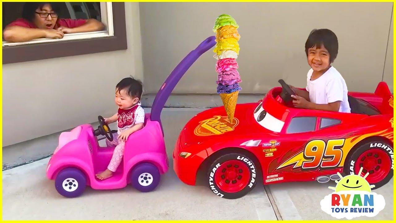 Ryan's Drive Thru Pretend Play Restaurant on Kids Power Wheels!!! - YouTube