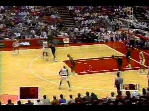 Insane buzzer-beater by Vernon Maxwell forces OT, Rockets beat Heat 12/9/1993