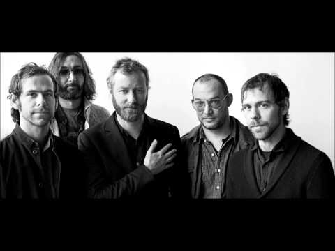 The National - Lean lyrics