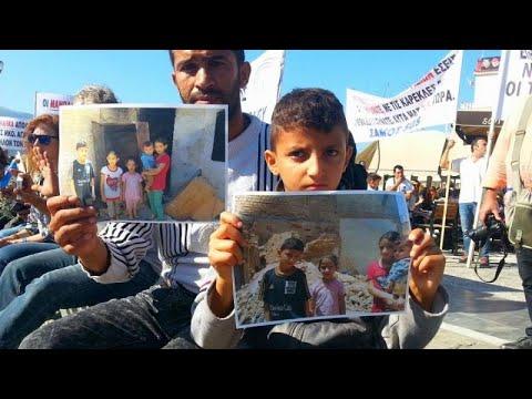 Μαζεύουν υπογραφές στη Σάμο για να κλείσει το Κέντρο Προσφύγων…