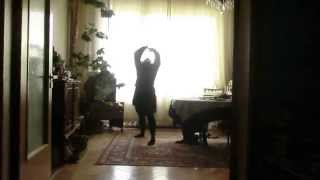Download Lagu 2014 10 23 dancing on my  own Mp3