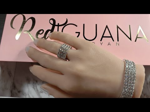 Modelos de uñas - Red Iguana. La Mano Mas Real Que he Visto. Mi Modelo Permanente!
