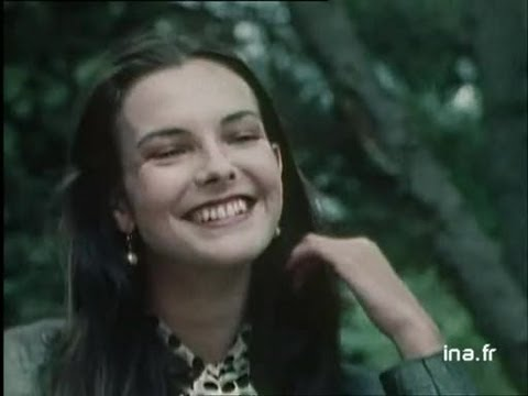 Video Carole Bouquet download in MP3, 3GP, MP4, WEBM, AVI, FLV January 2017