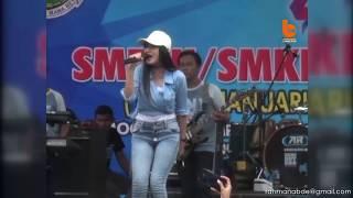 Download lagu Goyangan Nella Kharisma Feat Gendangan Cak Malik Pikir Keri Mp3