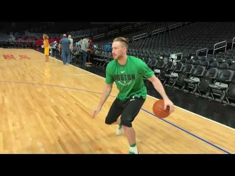 Video: Gordon Hayward Warming Up in LA | Pre-Game Shootaround