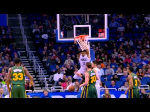 Video: Tobias Harris Elevates Over Favors for the Jam