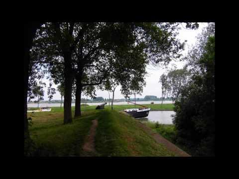 A walk in Woudrichem.wmv