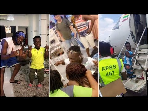 Shatta Bandle Arrives In Nigeria, Fans Gather @Airport to Welcome!