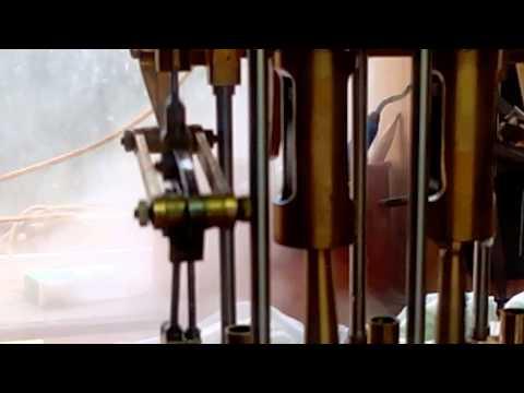 moteur vapeur - Moteur by cylindre ,chaudière a retour de flamme 2 bruleurs.