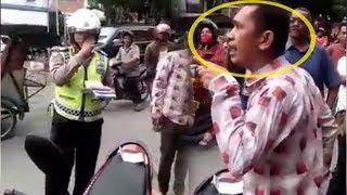 Video VIRAL, Polantas Cekcok dengan Pengendara Sepeda Motor saat Razia di Asahan MP3, 3GP, MP4, WEBM, AVI, FLV Maret 2019