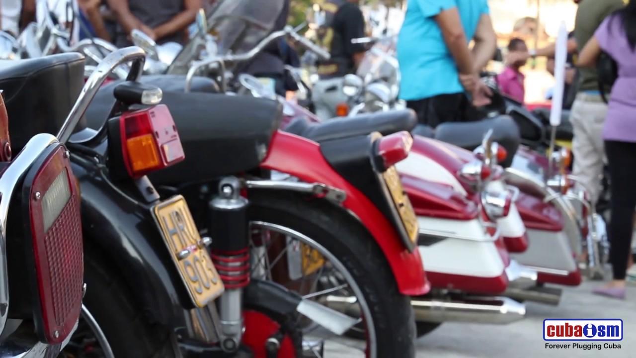 Cuba Classic Cars and Bikes, Amigos de Fangio - 051v02