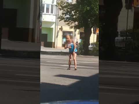 Narkotyk Zombie dotarł do Warszawy. Przerażające nagranie z warszawskiej Pragi