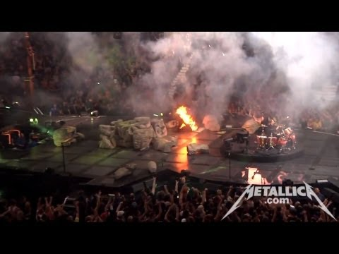 MetallicaTV - Footage includes all the band guys in the Meet and Greet (0:12), warm up act Jim Breuer with his rendition of Metal Bingo (5:34), Tuning Room (17:37), and TW...